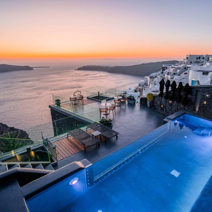 Luxury Hotel Kivotos Santorini 1